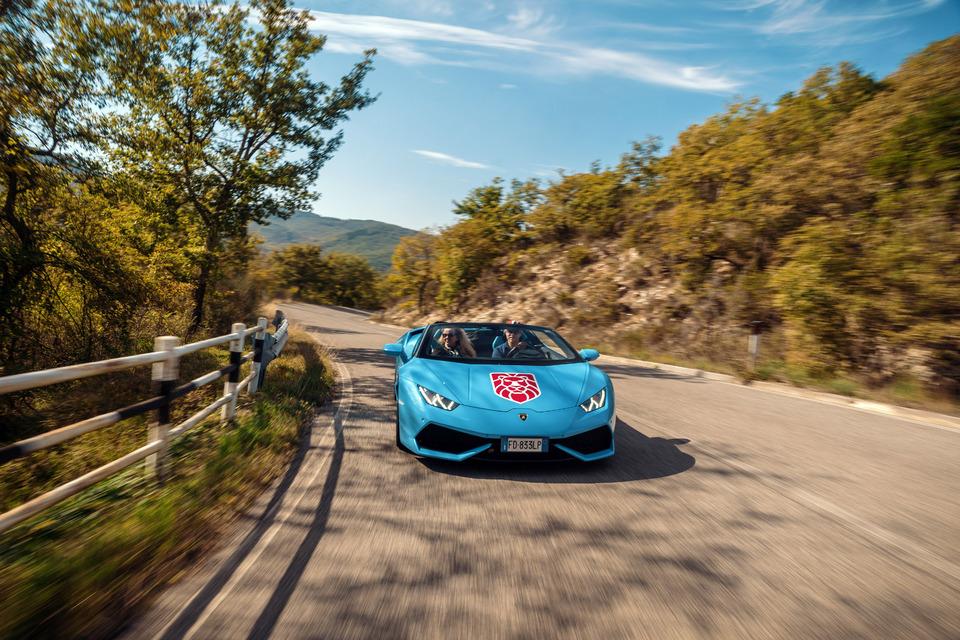 The Ten Golden Rules When Driving A Ferrari Or Lamborghini On A Tour In Europe Mondo Gran Turismo