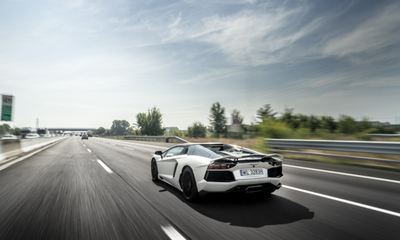 The ten golden rules when driving a Ferrari or Lamborghini on a tour in Europe